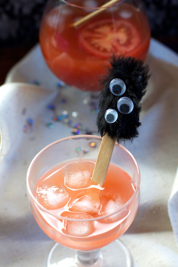 Simple DIY Monster Halloween Drink Stirrer for Party