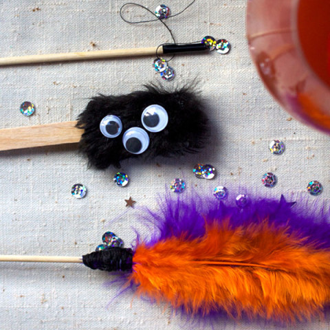 3 Simple Halloween Drink Stirrers