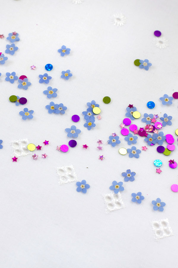 DIY Pressed Flower Confetti Tutorial made for Party