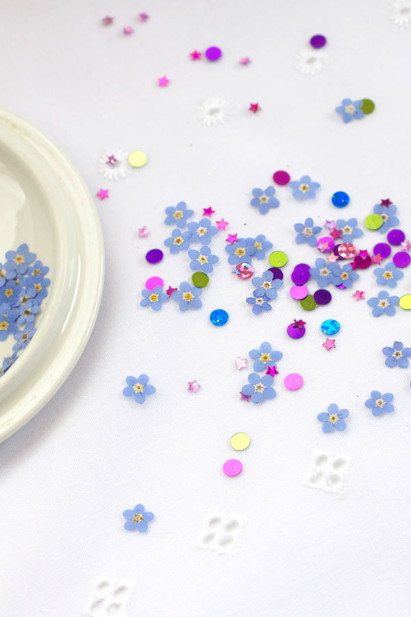 DIY Pressed and Dried Flower Confetti - How To Press Flowers