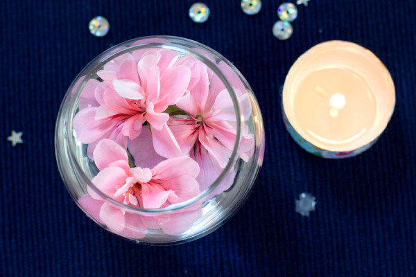 Simple Spring Decor Ideas - Washi Tape Tealight Candle with Floating Flowers