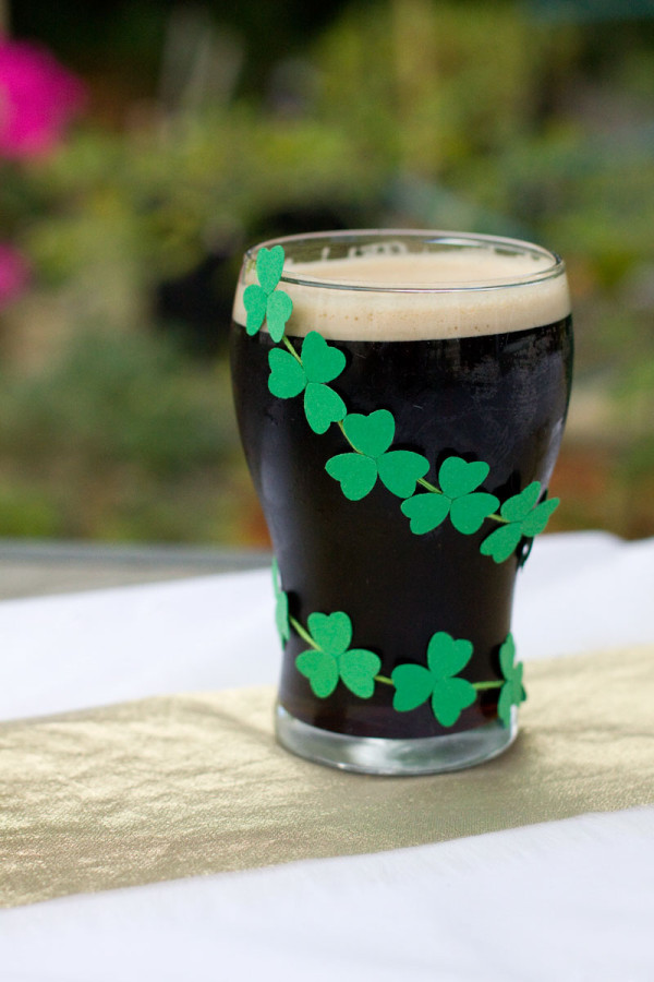 St Patricks Day Mini Clover Paper Garland for Beer DIY